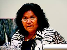 gracelyn smallwood thesis The chronicle volume 27 professor smallwood has completed a certificate in indigenous mental health, a master of science in public health and a phd thesis human rights and firstaustralians' well-being in 1975 gracelyn was a graduate with.